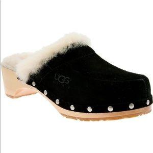 UGG AUSTRALIA Clogs Sheepskin Fur Black Suede